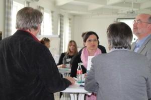 Diskussionen und Absprachen beim Kulturforum