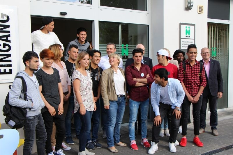 INI betreut junge Flüchtlinge