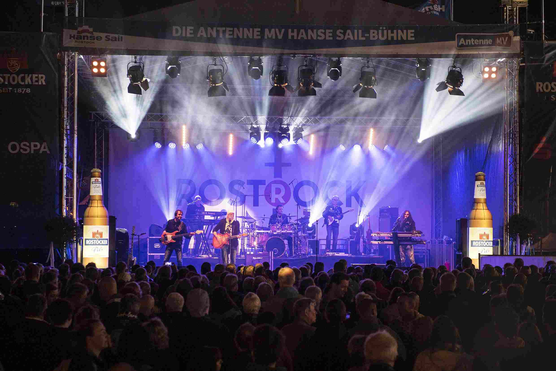 Rostock wird 800!  Reinfeiern in den Stadtgeburtstag und Großer Festumzug