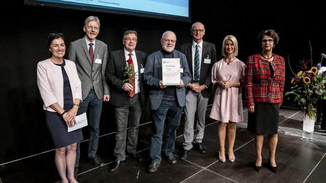 """Vorreiter in Sachen Familienfreundlichkeit – Lippstadt erhält zum dritten Mal Auszeichnung """"Familiengerechte Kommune"""""""