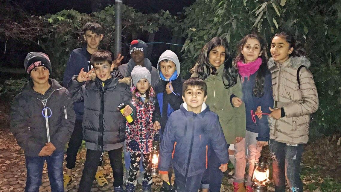 Kinder erobern die Lichtpromenade