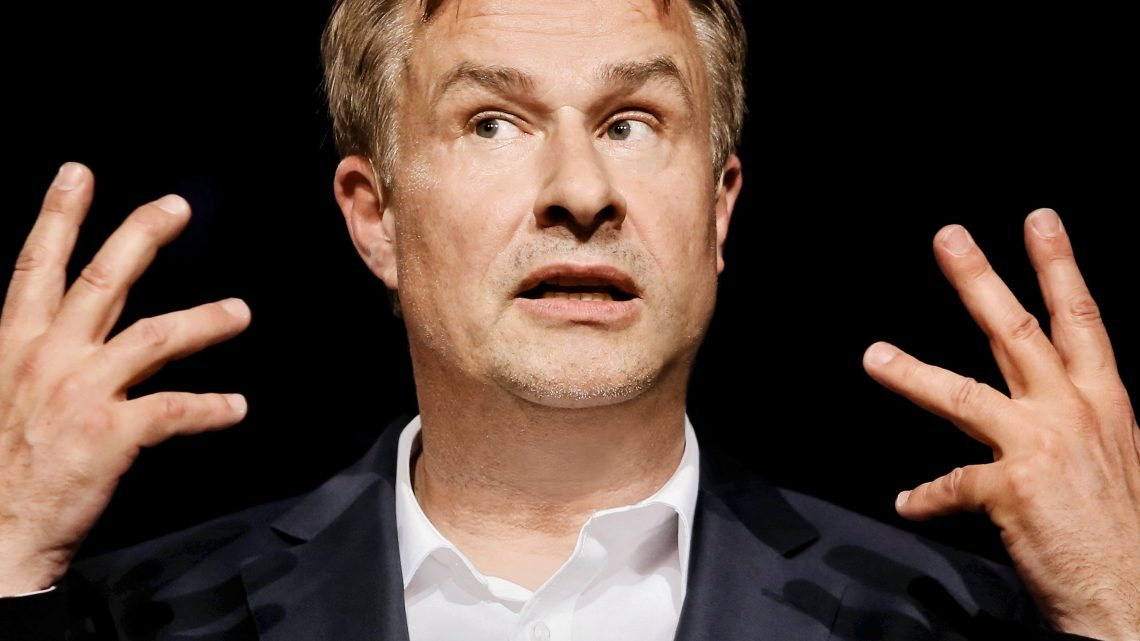 """""""Ein Wunschkonzert"""" von Lars Reichow – """"Best of Klaviator"""" in der Aula des Evangelischen Gymnasiums"""